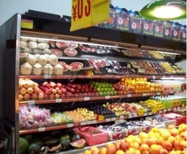 水果超市装修格栅吊顶效果图